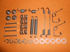 FORD TRANSIT (1988-2000) REAR BRAKE SHOE FIXING KIT -FMK3039
